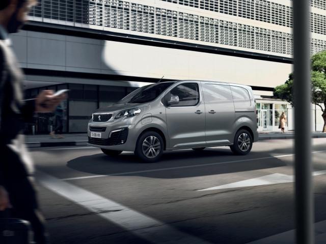 Noul Peugeot e-EXPERT