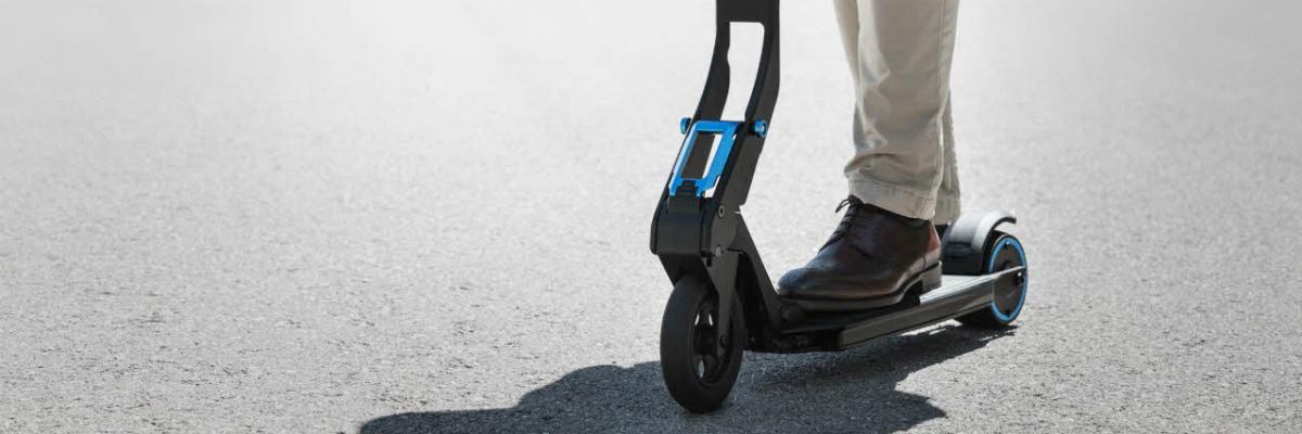 e-kick trotineta electrica Peugeot Micro