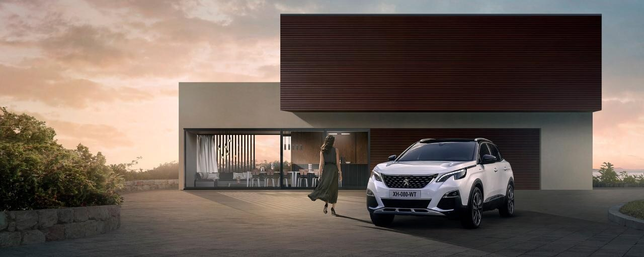 Noul SUV Peugeot 3008 HYBRID & HYBRID4