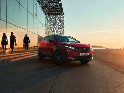 Noul Peugeot 3008 - Opțiunea Black Pack, vedere frontală