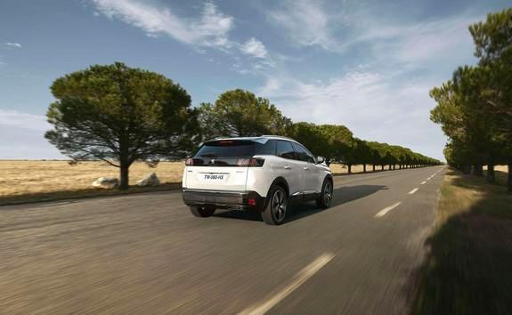 Noul Peugeot 3008 HYBRID - franare regenerativa
