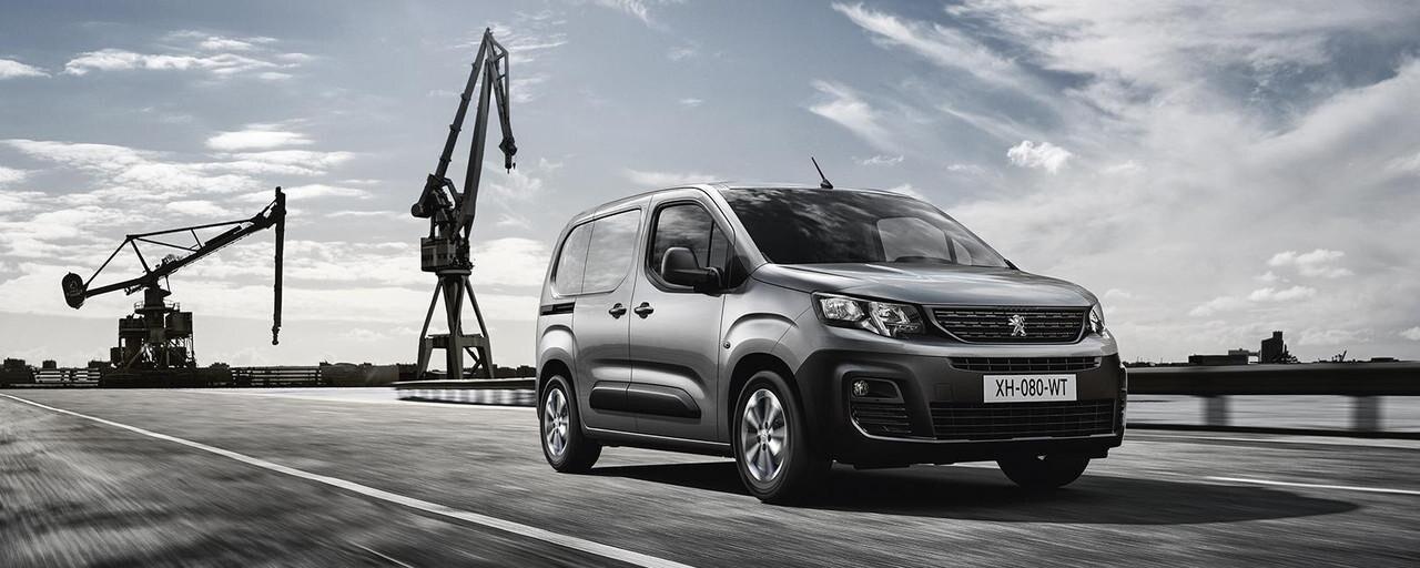 Noul Peugeot Partner - slide
